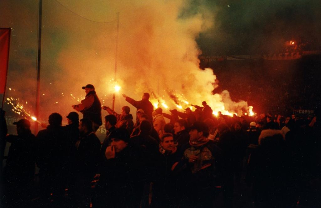 Ac Inter Flares 2002